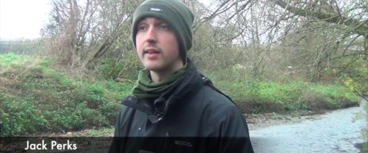 Imagi(ni)ng water. Walking by a river with Jack Perks